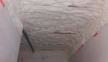 Zatepleni stropu bungalovu v Hrušovany u Brna